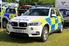 North Yorkshire Police BMW X5 Roads Policing Unit Traffic Car (PFB-999) Tags: north yorkshire police nyp bmw x5 4x4 roads policing unit rpu traffic car vehicle lightbar grilles fendoffs leds yj15hcp rescue day 2017