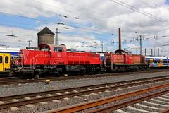 DB Cargo 261 074-9 und 294 604-4 Bremen (michaelgoll777) Tags: db br261 gravita v90 br294
