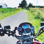 Belle journée pour une ride de scooter. thumbnail
