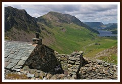 Warnscale-bothy. (stu.bloggs..Dont do Sundays) Tags: lakedistrict landscape lakes buttermere crummockwater haystacks highcrag warnscale bothy mountains fells cumbria views vista building slate summer july 2017 sky cloud valley highstile