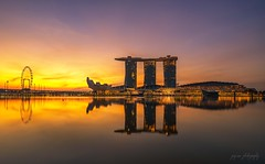Marina Bay Sands (jaywu661) Tags: explore inexplore landscape cityscape sunrise dawn sony architecture urban refelction singapore marinabaysands marinabay