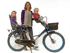 WorkCycles Fr8-iki-zitjes (@WorkCycles) Tags: bike cargobike children dutch fr8 mamafiets moederfiets seats ski transportfiets workcycles zitjes