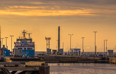 Late Evening Shipping (Rob Pitt) Tags: relic old stages entrance manchester ship canal wirral eastham ferry wood planks jetty tokina 1116 uk england north west merseyside rob pitt sunset liverpool msc river mersey