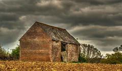Derelict Barn 3 (niloc's pic's) Tags: derelict barn derelictbarn clouds sky arlingtonbluebellwalk arlington eastsussex panasonic lumix dmcgh4r