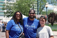 Bumped into some beautiful people with @healthydenverfestival handing out smiles at the @denverpeoplesfair  #LandellOriginal #DenverPhotographer #FujiFilm #XT1 #35MM  #streetportrait #ColoradoPhotography #MileHighCity #5280 #303  #documentaryphotography # (ryanlandell) Tags: fujifilm 5280 landelloriginal 303 denverphotographer xt1 streetdocumentary milehighcity 35mm streetportrait coloradophotography documentaryphotography