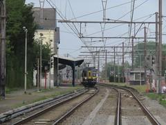 NMBS/SNCB 979, Gare de Erquelinnes (Polaroyd7) Tags: wallonie wallonia belgium belgique belgië belgien erquelinnes frontière grens grenze border station bahnhof gare sncb nmbs