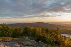 Acadia National Park - Cadillac Mountain Sunset 19 (raelala) Tags: justmainethings2017 acadianationalpark barharbor cadillacmountain canon1755mm canon7d canoneos7d findyourpark goexplore goldenhour maine memorialdayweekend memorialdayweekend2017 mountdesertisland mtdesertisland nationalpark newengland photographybyrachelgreene roadtrip scenicoverlook sunset thatlalagirl thatlalagirlphotography thatlalagirlcom travel usnationalparks