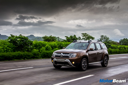 2017-Renault-Duster-AMT-Long-Term-8
