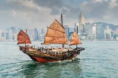 Pirates in Hongkong 4/188 (*Capture the Moment*) Tags: 2017 architecture centralplaza fotowalk hongkong hongkongconventionandexhibitioncenter sonya7m2 sonya7mii sonya7mark2 sonya7ii sonyfe2470mmf4zaoss sonyilce7m2 segelschiff sailingboat