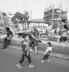 """Hope"" Will become a badminton athlete (arief_cipta_wardhana) Tags: badminton sport bw street streetphotograph sonyindonesia sony"