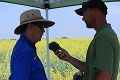 bayer-showcase-nd-17-151 (AgWired) Tags: bayer cropscience showcase plot tour 2017 soybeans canola wheat cereals corn north dakota agwired zimmcomm new media chuck zimmerman