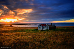 Icelandic landscapes (Olmux82) Tags: iceland islanda landscape summer travel paesaggio sunset sea water sun light ray nikon d750 abandoned westiceland west view