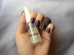 Obsessão (Risqué) + Balada (L'Apogée) (Daniela nailwear) Tags: obsessão roxo cremoso lapogée balada specials glitter esmaltes mãofeita risque