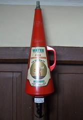 Canons Ashby, Northants (j a thorpe) Tags: northamptonshire nationaltrust nt canonsashby fireextinguisher detalhesemferro