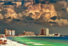Dramatic caribbean sky over Cancún... (gerard eder) Tags: world travel reise viajes america northamerica centralamerica mexico méxico yucatán rivieramaya quintanaroo cancún cancun beach strand playa caribbean caribbeansea caribe karibik clouds nubes wolken landscape landschaft paisajes natur nature naturaleza sea meer wasser water outdoor