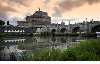 Roma - Vista di Castel Sant'Angelo dal Tevere