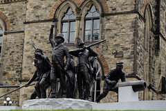 The War of 1812 monument on Parliament Hill in Ottawa, Ontario (Ullysses) Tags: warof1812monument parliamenthill ottawa ontario canada summer été adriennealison