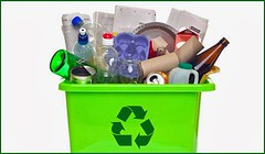¿Cuál es la diferencia entre reutilizar y reciclar? http://berserk.design/diferencia-entre-reutilizar-y-reciclar/ (berserk.design) Tags: materiales pet plásticos pvc reciclado reciclaje reutilizar