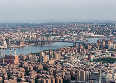 Manhatten (sammanwong) Tags: sonya6300 sony sonyalpha zeiss1670mmf4 zeiss1670 manhatten newyork newyorkcity ny downtownmanhatten buildings wideview cityview