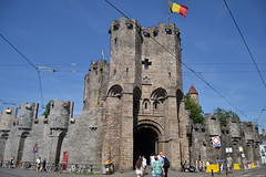 Gante (Bélgica) (littlecastle96) Tags: gante bélgica geografíahumana edificio monumento turismo castle castillo torre tower bandera flag architecture arquitectura building belgium muralla wall