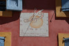 Dans une image... (Pi-F) Tags: provence france cadran solaire pensée image dessin imagination mur façade fenêtre 4 coin bleu ocre rouge clé solfège musique ombre indication plume film pellicule volet