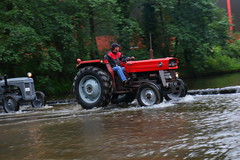 IMG_0471 (Yorkshire Pics) Tags: 1006 10062017 10thjune 10thjune2017 newbyhalltractorfestival ripon marchofthetractors marchofthetractors2017 ford fordcrossing river rivercrossing tractor tractors farmingequipment farmmachinery agriculture yorkshire northyorkshire