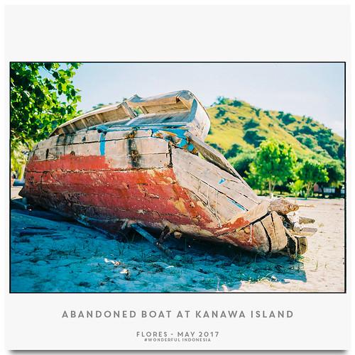 Abandoned Boat at Kanawa Island