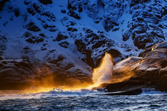 Barents Sea (kurmysh0v) Tags: barentssea arcticocean sea ocean water nature landscape winter north russia golden seascape sunset sunrise blue