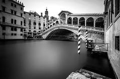 Rialto (ddaugenblick) Tags: venedig venezia venice sw bw rialto brücke bridge