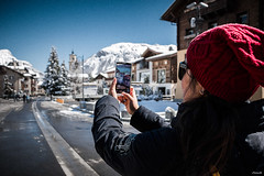 Selfie (Il Massimo) Tags: sky landscape city people spring street cold travel sun cityscape road snow town wife panorama mountain lombardia wideangle paesaggio smartphone italy livigno sondrio selfie canon70d