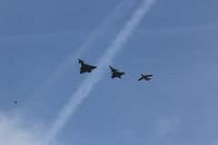Trois plus (crusader752) Tags: 2017 nato tigermeet ntm landivisiau italianairforce ef2000 eurofighter saab jas37c gripen austrianairforce 105e contrails skylark
