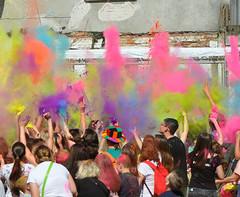 Lodz Holi Festival We are starting (rafasmm) Tags: lodz łódź poland polska piotrkowska city streetlife streetphoto streetart citycenter citylife poeple color colours holi festival lifestyle fun outdoor outdoors