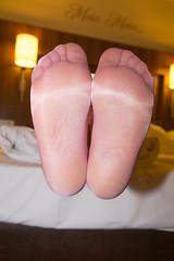 IMG_4368.jpg (pantyhosestrumpfhose) Tags: pantyhose strumpfhose strümpfe struempfe stockings tights collant sheers pantyhoselegs pantyhosefeet nylonlegs nylonfeet legs feet shoe schuhe beine
