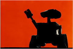 Macro Mondays - Silhouette - Wall-e (andymoore732) Tags: macromondays macro mondays silhouette walle toy pixar animation naturallighting andymoore colour nikon d500 afs vr micronikkor 105mm f28gifed challenge theme flickr