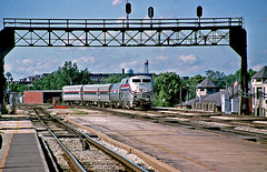 Statehouse at Joliet (craigsanders429) Tags: amtrak amtraktrains amtrakstations amtrakinillinois p42dc amtrakp42locomotives amtrakp42dc signalbridges signals amtrakp42dcno50 amtrakmidwestcorridortrains amtraksstatehouse platforms passengertrains passengercars amtrakhorizonequipment amtrakhorizoncars jolietillinois chicagorailroads