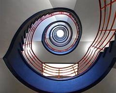 The blue snail (frankhurkuck) Tags: hamburg deutschland germany treppe treppenhaus stairs stairway staircase auf ab rauf runter up down kontorhäuser sprinkenhof spiralstaircase wendeltreppe