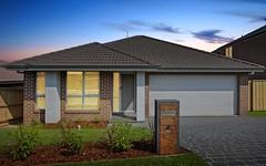 15 Dromedary Place, Macquarie Links NSW