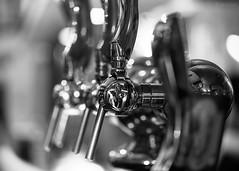 Bar (Sohmi ︎) Tags: robinet tap noiretblanc blackandwhite reflexion france french macro closeup monochrome camaieu tamronsp90mm nikond810 inside reflet bright nantes naoned loireatlantique ©sohmi wwwsohmifr