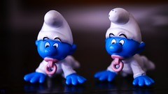 spot the difference - 3228 (YᗩSᗰIᘉᗴ HᗴᘉS +6 500 000 thx❀) Tags: toy toys smurf schtroumph game play two blue