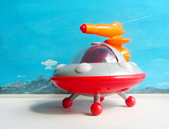 Happyland Early Learning Centre iPlay Ailen Space Ship UFO Flying Saucer With Sounds And Lights 2010 : Diorama Bonneville Salt Flats - 8 Of 17 (Kelvin64) Tags: happyland early learning centre iplay ailen space ship ufo flying saucer with sounds and lights 2010 diorama bonneville salt flats