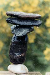 Rain Balance (L'Erw@n) Tags: stone balance gravity gravité pierre equilibre couleur color
