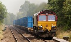 66142 Yarm 06/07/2017 (Flash_3939) Tags: 66142 class66 diesel locomotive db cargo ews livery binliner freight railfreight yarm yrm station fone rail railway train uk july 2017
