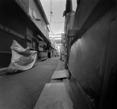 _2020046 (nikosaminira1) Tags: pinhole pinholecamera analog film filmphotografy analogphotografy diycaera papercraft papercraftcamera fisheyelike bw 120 120film 66format selfdevelopment caffenol wppd