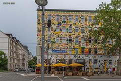 """Leipzig, Karl-Liebknecht-Straße, Cocktailbar """"La Boum"""", Fischer-Art (joergpeterjunk) Tags: leipzig karlliebknechtstrase outdoor haus gebäude fassadendetail fischerart cocktailbarlaboum canoneos7dmarkii canonefs1022mmf3545usm"""