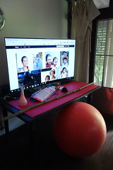 my latest setup (the foreign photographer - ฝรั่งถ่) Tags: television computer keyboard mouse exercise balance ball orange yoga mat house bangkhen bangkok thailand sony rx100