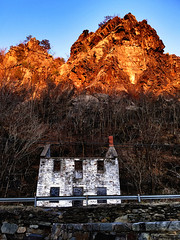 Day 50 Maryland Heights (Dragon Weaver) Tags: maryland heights harpers ferry cliff abandon house feb pad 2017 0219