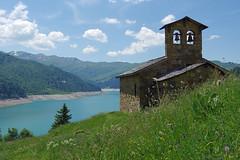 Beaufort (Savoie) : lac de Roselend (bernarddelefosse) Tags: beaufort roselend savoie rhônealpes chapelle