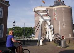2017-06-21 14.49.33 (walterkolkma) Tags: westfiresland fietsen bikes biking netherlands holland landscapes bicycles cycling enkhuizen dijk dike dromedaris koepoort sonyilce6300