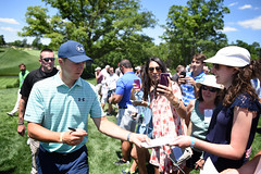 Memorial17_33 (cdubya1971) Tags: golf pga pgatour memorial links golfcourse dublin ohio 2017 putt thememorialtournament tourney fans green jordanspieth