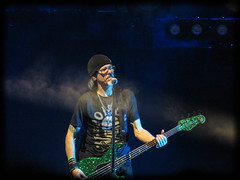 bobby dall (timp37) Tags: bass player poison music illinois tinley park concert june 2017 bobby dall def leppard